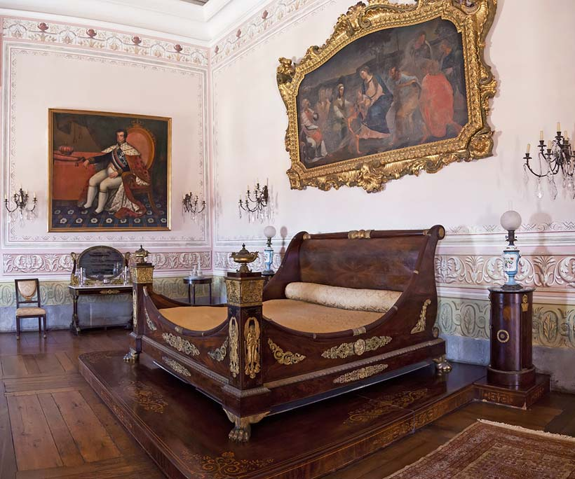 brand-names-of-furniture-from-previous-centuries-los-angeles-orange-county